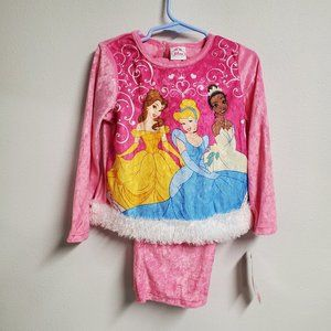 Disney Princess 2pc pajama set Size 4 NWT